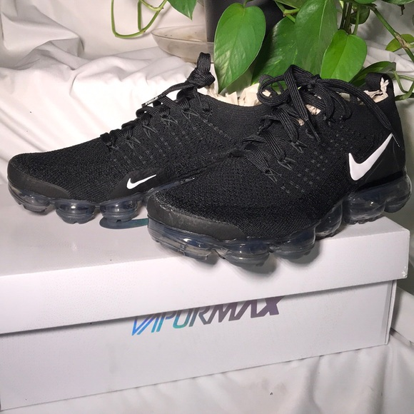 9c8c09ab17f47 Women s Black Nike Sneakers Air Vapormax Flyknit 2